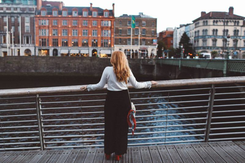 dublin ireland white sweater black pants