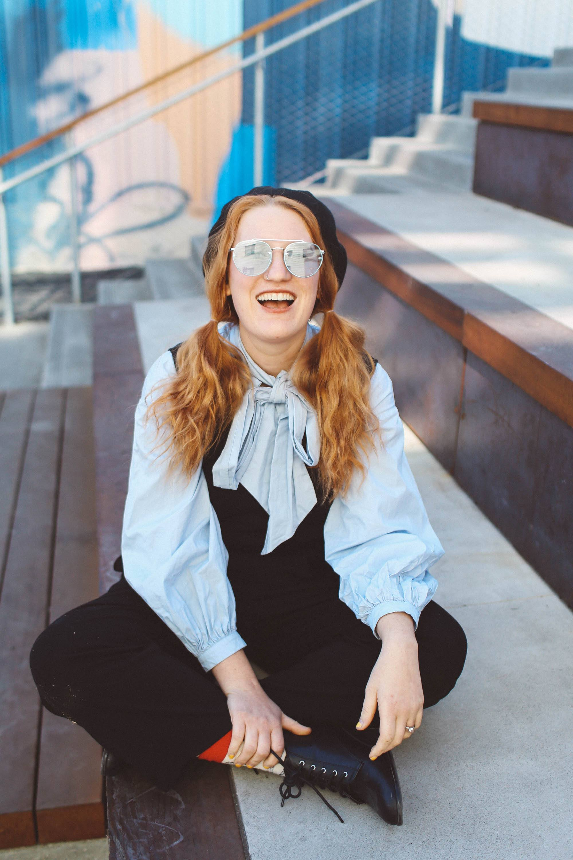 blue bow top blue sunglasses