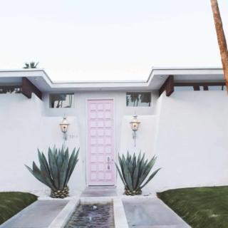 Palm springs door tour pink door
