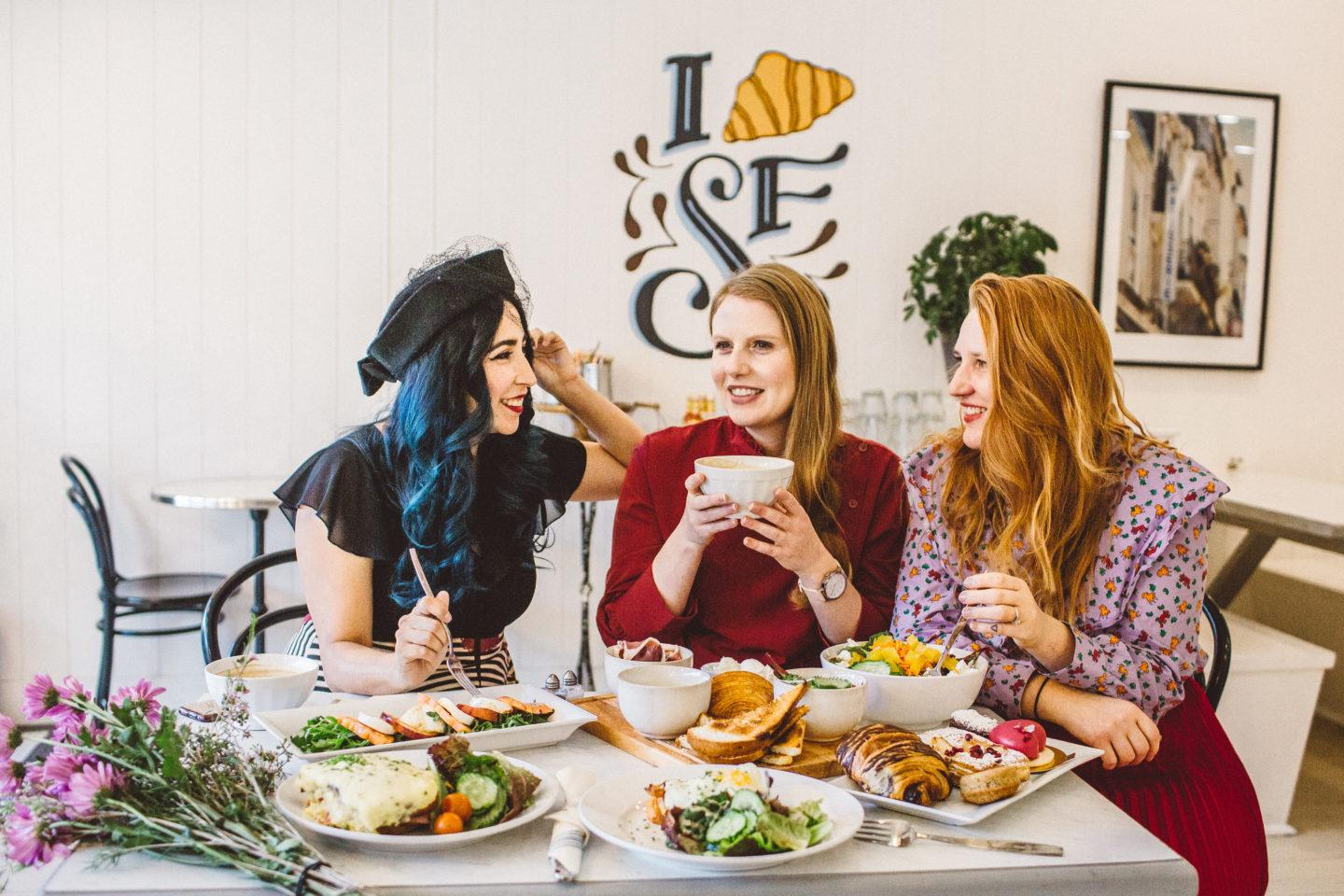 6 Friendship Date Ideas For An Awesome Galentine's Day