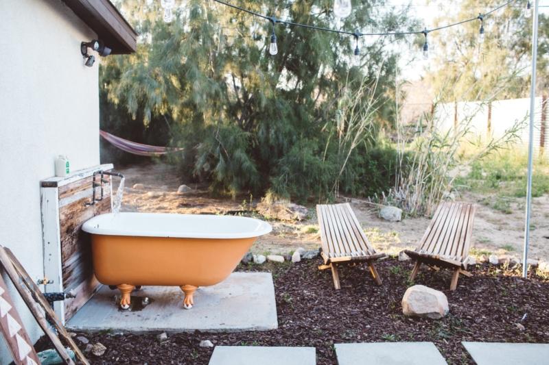 Joshua Tree airbnb with orange bath tub