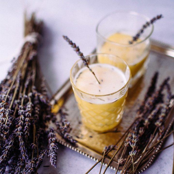 Araceli's Lavender Gin Fizz: A Tasty AF Lavender Cocktail Recipe