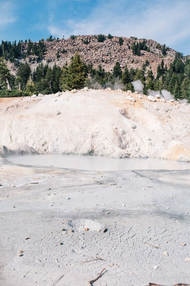 Sulfur Pond in Lassen Volcanic National Park